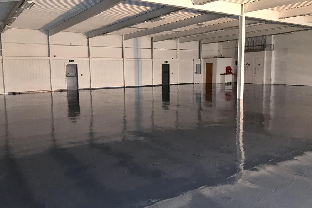 New polyurethane flooring for industrial unit